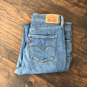Levi's 311 shaping skinny light wash 30x32